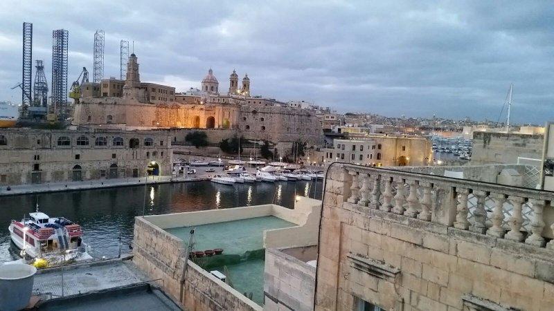 Cospicua For Rent FR1022 Malta | View All Property Malta